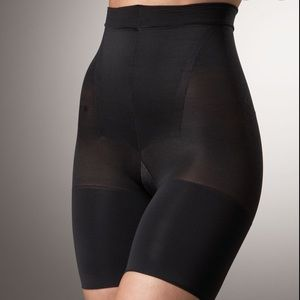 SPANX shaping panties